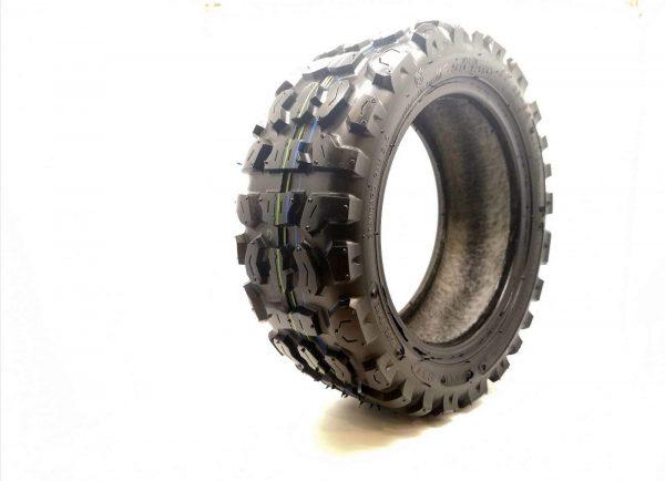 2400 tyre